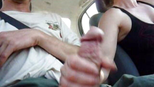 Bionda deve scegliere un ragazzo con un cazzo porno video anziane e giocare con lui